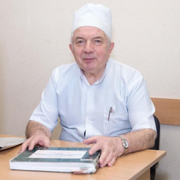 https://gematolog.ck.ua/wp-content/uploads/2017/01/Danyuk-Dmitro-Zaharovich.jpg